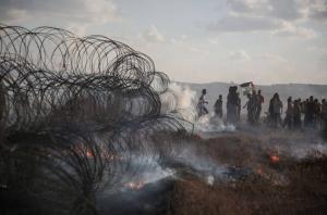 اصابة 8 فلسطينيين خلال مسيرات العودة