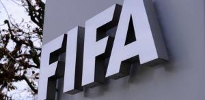 """""""الفيفا"""": السماح بإجراء 5 تبديلات لللاعبين في المباراة الواحدة"""