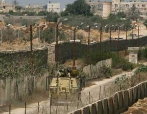 """مصادر إعلامية: تنظيم """"داعش"""" يختطف 3 عمال فلسطينيين من غزة"""