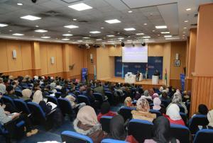 """محاضرة في جامعة الزرقاء حول """"التطرف الفكري والتجنيد الإلكتروني"""""""