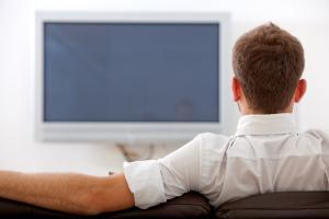 مشاهدة التلفاز تؤدي الى تجلط الدم