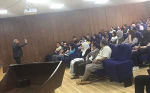 محاضرة لـ احمد مخلاتي في جامعة عمان الاهلية