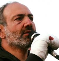 أرمينيا تعلن حالة الحرب في البلاد