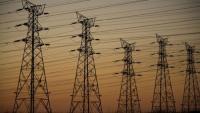 الحكومة تدرس تخفيض الكهرباء على القطاع الصناعي والزراعي