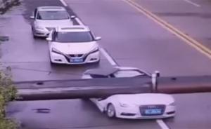 سائق ينجو من الموت بأعجوبة - فيديو