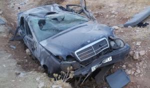 وفاتان اثر تدهور مركبة على طريق اربد الزرقاء