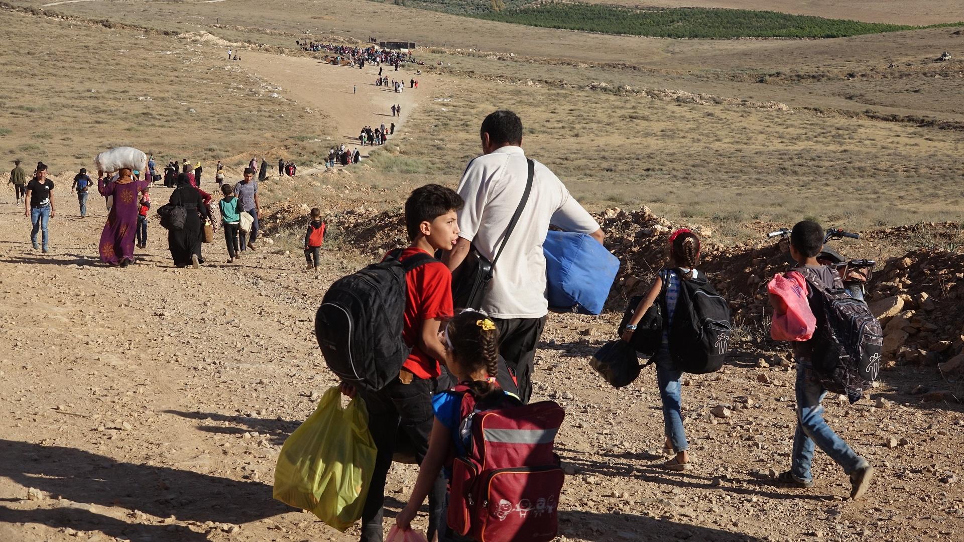 النازحين السوريين الحدود الأردنية يعودون image.php?token=0343df1ae0fbc76aaaf554de3ff193f9&size=
