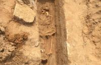 هكذا انتهك الإحتلال حرمة مقبرة يافا الإسلامية (صور)
