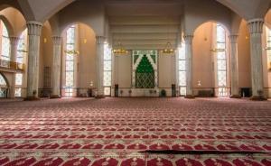 الأوقاف توعز بالالتزام بتعليمات الوقاية بالمساجد