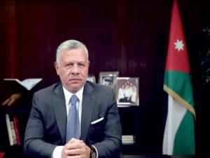 """الملك: يجب التوازن بين محاربة """"كورونا"""" وتطوير وحماية الاقتصاد"""