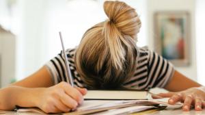 13 سببا تجعلك تشعر بالتعب والإرهاق الدائم