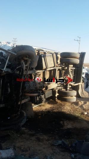 5 اصابات بحادث مروع على طريق المفرق الخالدية (صور)