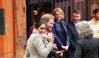 الأمير هاري وميغان يتسببان في طرد 15 موظفاً