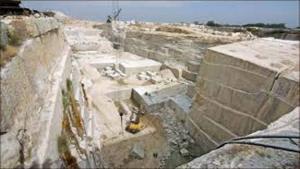 اغلاق 24 مقلعا حجرياً في عجلون