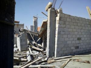 انهيار جزئي لعمارة سكنية بالغويرية في الزرقاء