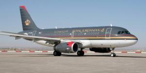 إخلاء 133 راكبا من طائرة للملكية الأردنية