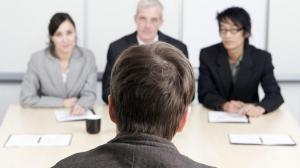 الإجابة النموذجية لأكثر سؤال شائع بمقابلات التوظيف
