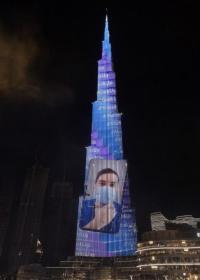 صورة طبيب أردني على برج خليفة