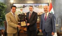 السفير العراقي يستقبل رئيسي الجاليتين العراقيتين في عُمان والاردن