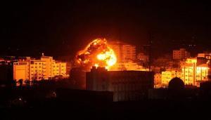غارات صهيونية جوية وقصف مدفعي على غزة