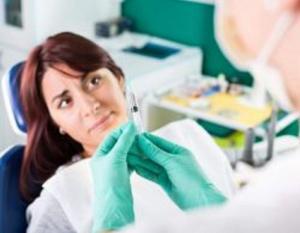متى يكون بنج الأسنان مضراً للحامل؟