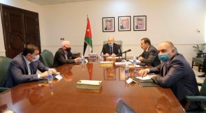 الرزاز يترأس اجتماع اللجنة الوطنية للأوبئة (صور)