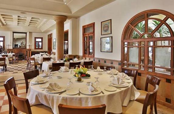 توجه لاعفاء المطاعم السياحية من رسوم رخص المهن Image