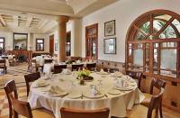 توجه لاعفاء المطاعم السياحية من رسوم رخص المهن