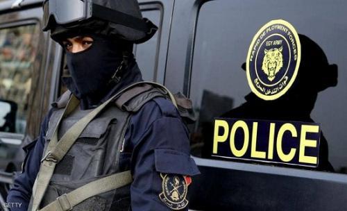 عذب ابنته بحجة تأديبها في مصر