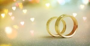 إعادة تشكيل لجنة للحد من زواج دون سن الـ 18