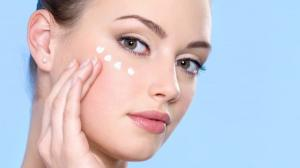 خطوات بسيطة تغنيك عن عمليات التجميل