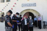 هكذا استقبل رجال الأمن العام المصلين على أبواب الكنائس (صور)