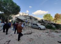 زلزال جديد يضرب أزمير وارتفاع الضحايا الى 25 قتيلا و 804 جرحى