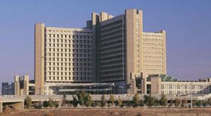 مواطنون يشكون عدم توفر أسرّة بمستشفى الملك المؤسس