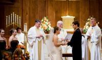 خطأ فادح في زفاف يؤدي الى زواج الإشبينين
