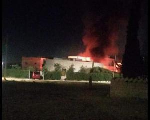 مقتل خمسيني وحرق منازل ومركبات بخشافية الدبايبة