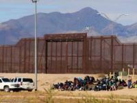 وفاة طفلة مهاجرة من الجوع في مركز احتجاز أميركي