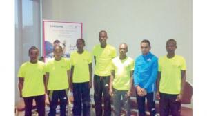 """المشاركون الأجانب في """"سامسونج ماراثون عمان"""" يشيدون بالحدث"""