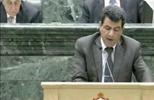 الزواهرة يطالب بتجنيس ابناء الأردنيات