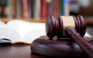 """هروب 3 متهمين من """" نظارة"""" محكمة الرمثا"""