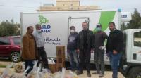 """""""الالبان الاردنية"""" بالتعاون مع جمعية الكوم الأحمر للتنمية الاجتماعية توزع طرودا غذائية"""