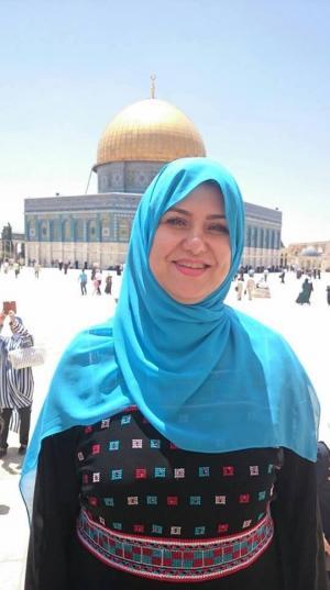النائب الحروب تنشر صورة لها  في القدس (صورة)