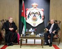 الفايز يدعو إلى تعزيز القواسم المشتركة بين اتباع الديانات السماوية