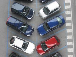 البلديات تقر مشروع نظام مواقـف المركبات