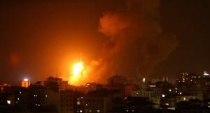 طيران الاحتلال يقصف غزة