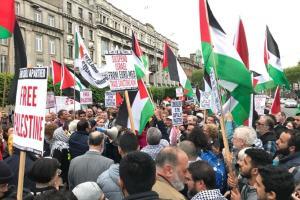 مسيرة ألفية في لندن تضامنا مع فلسطين