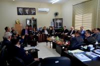 """رئيس """"عمان الأهلية"""" يلتقي عميد وأساتذة كلية الحقوق"""