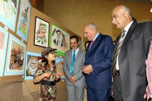 الذنيبات يفتتح المعرض الفني الوطني الشامل للطلبة