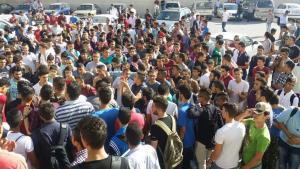 طلبة بالسجون واخرون في الشوارع الى اين يأخذنا الذنيبات؟