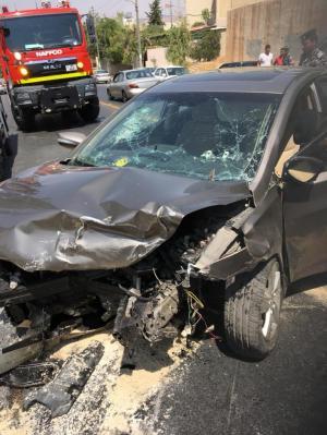 10 إصابات بحادثين في عمان